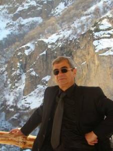 ՀՀ  ժուռնալիստների  միության  ոսկե մեդալ` մարզային ծառայության գիտաշխատողին