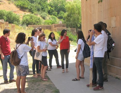 VOLUNTEERS WERE ATTRACTED BY THE ARCHITECTURE OF NORAVANQ